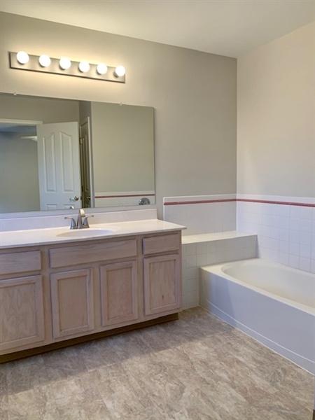 Real Estate Photography - 2208 Braken Ave, Wilmington, DE, 19808 - Master Bathroom