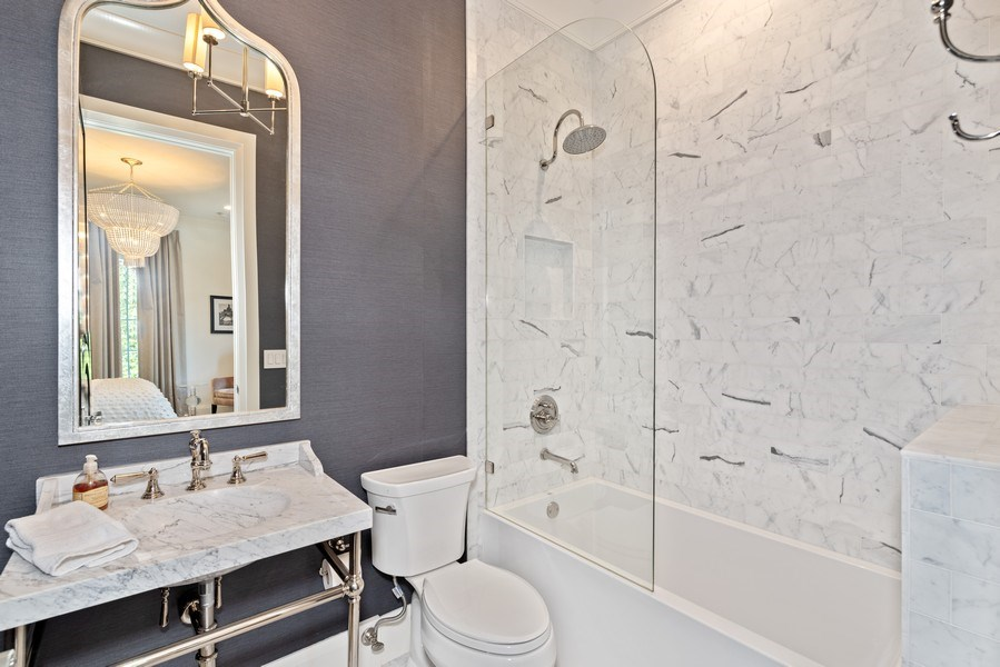 Real Estate Photography - 880 Bonita Drive, Winter Park, FL, 32789 - Bath 3