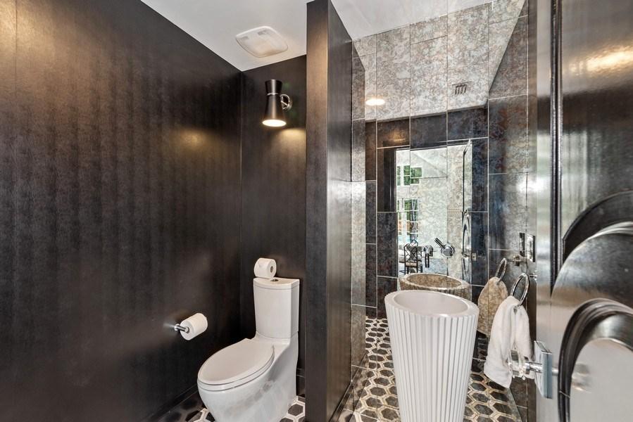 Real Estate Photography - 880 Bonita Drive, Winter Park, FL, 32789 - Powder Bath