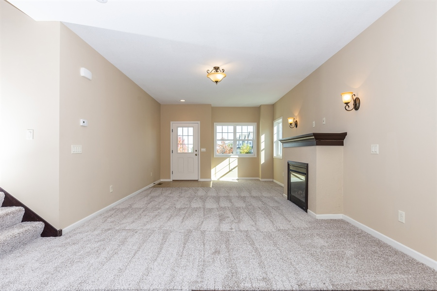 Real Estate Photography - 2554 VIERLING DR E, SHAKOPEE, MN, 55379 -
