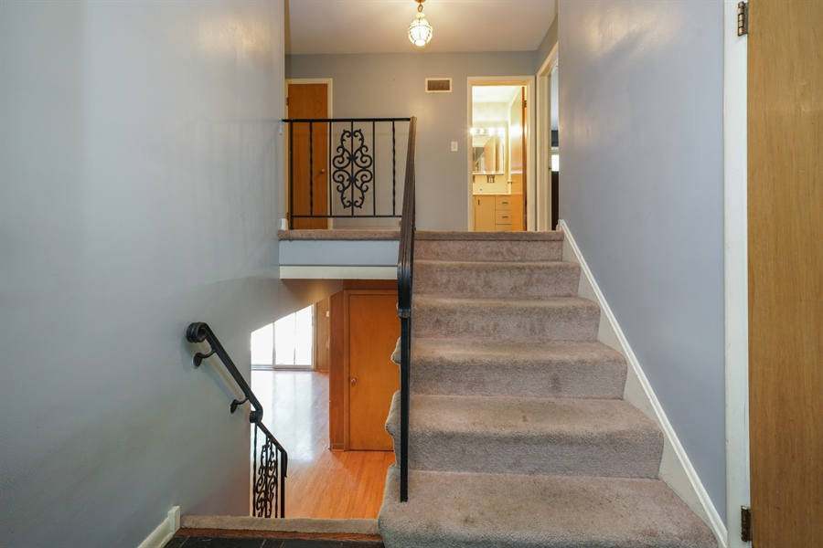 Real Estate Photography - 6 West Rand Road, VILLA PARK, IL, 60181 - Staircase