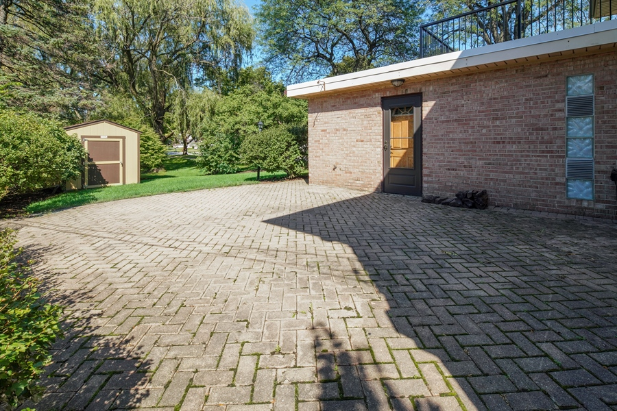 Real Estate Photography - 6 West Rand Road, VILLA PARK, IL, 60181 - Patio