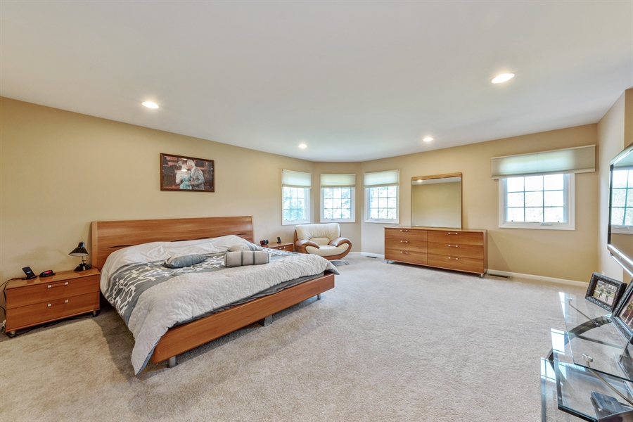 Real Estate Photography - 1100 Old Barn Rd, Buffalo Grove, IL, 60089 - Master Bedroom