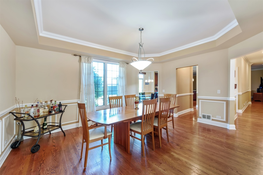 Real Estate Photography - 1100 Old Barn Rd, Buffalo Grove, IL, 60089 - Dining Room