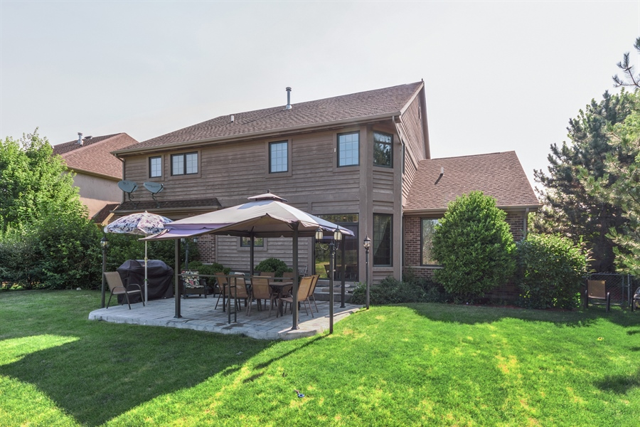 Real Estate Photography - 1100 Old Barn Rd, Buffalo Grove, IL, 60089 - Rear View