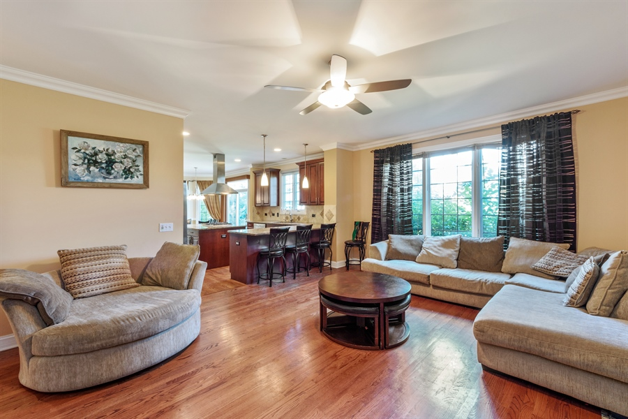 Real Estate Photography - 1100 Old Barn Rd, Buffalo Grove, IL, 60089 - Family Room / Kitchen