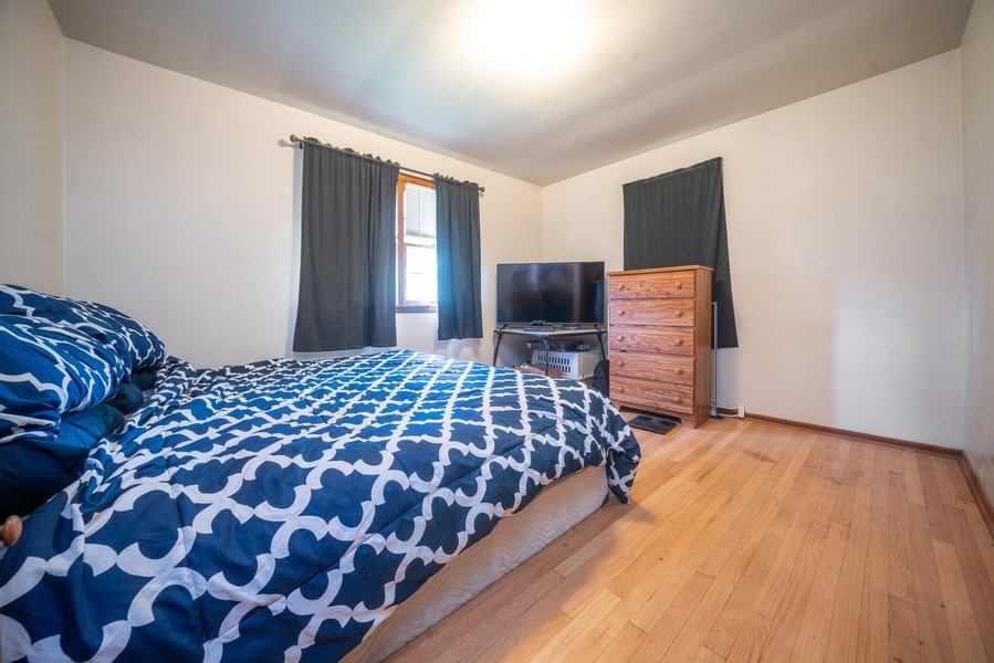 Real Estate Photography - 449 S Mason, Bensenville, IL, 60106 - Master Bedroom