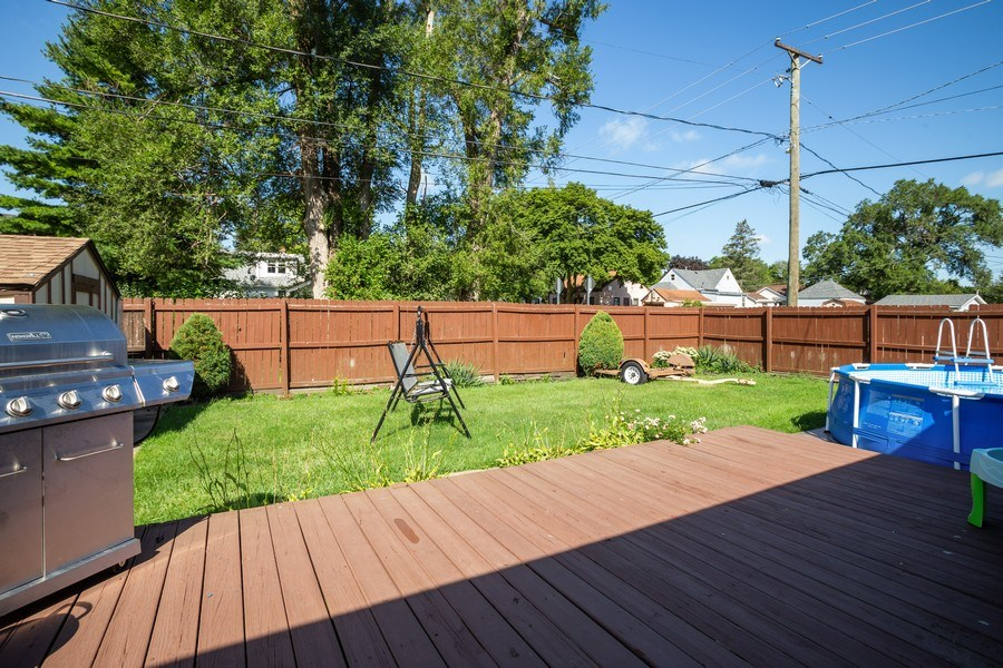 Real Estate Photography - 402 S Addison, Bensenville, IL, 60106 - Back Yard