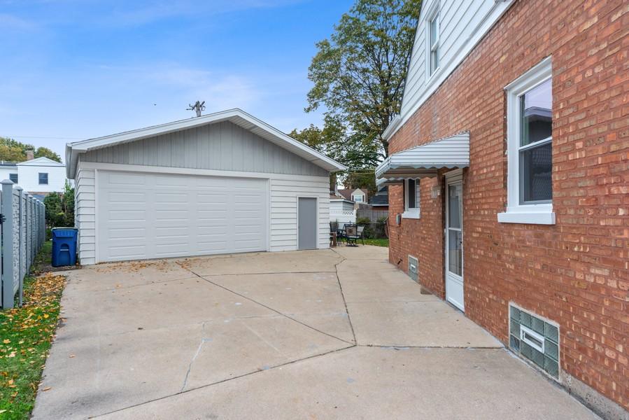 Real Estate Photography - 3512 Desota Ct, Franklin Park, IL, 60131 - Garage