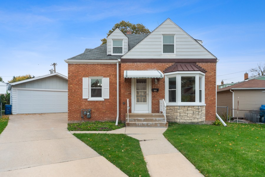 Real Estate Photography - 3512 Desota Ct, Franklin Park, IL, 60131 - Front View