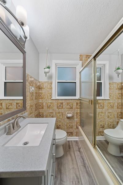 Real Estate Photography - 3512 Desota Ct, Franklin Park, IL, 60131 - Bathroom