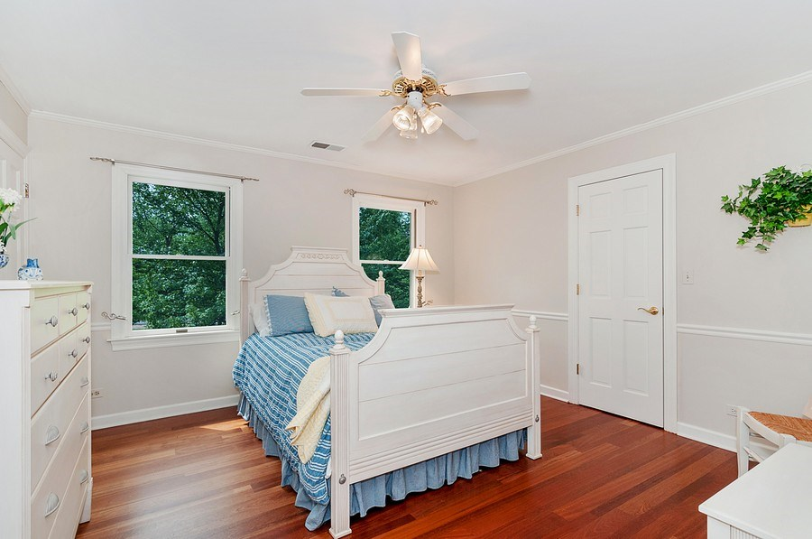 Real Estate Photography - 27W234 Warrenville Ave, Wheaton, IL, 60189 - 2nd Bedroom with Main Bath Access