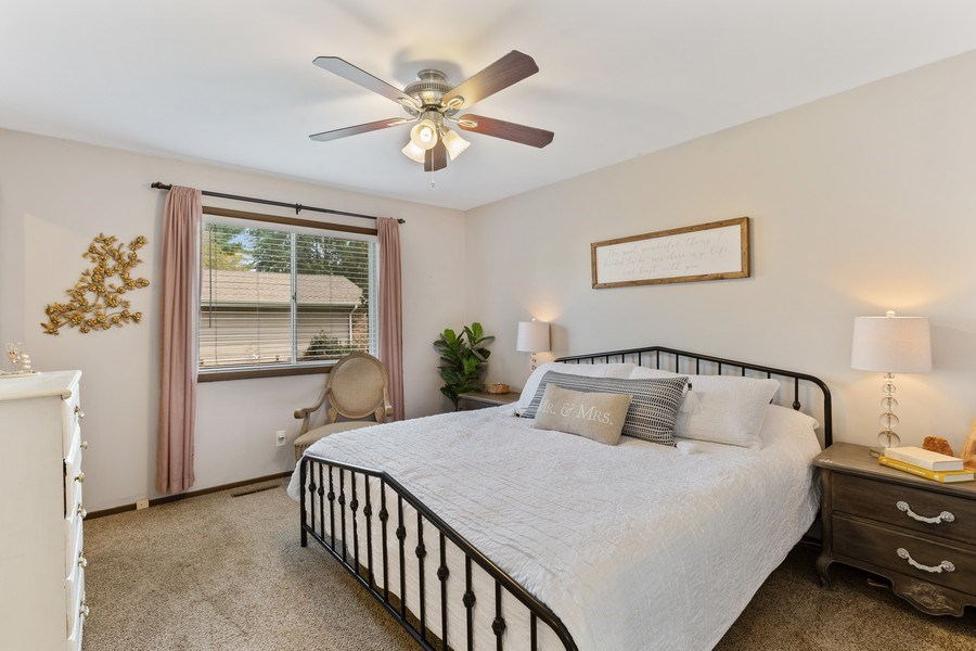 Real Estate Photography - 5112 Cambridge Dr, McHenry, IL, 60014 - Bedroom