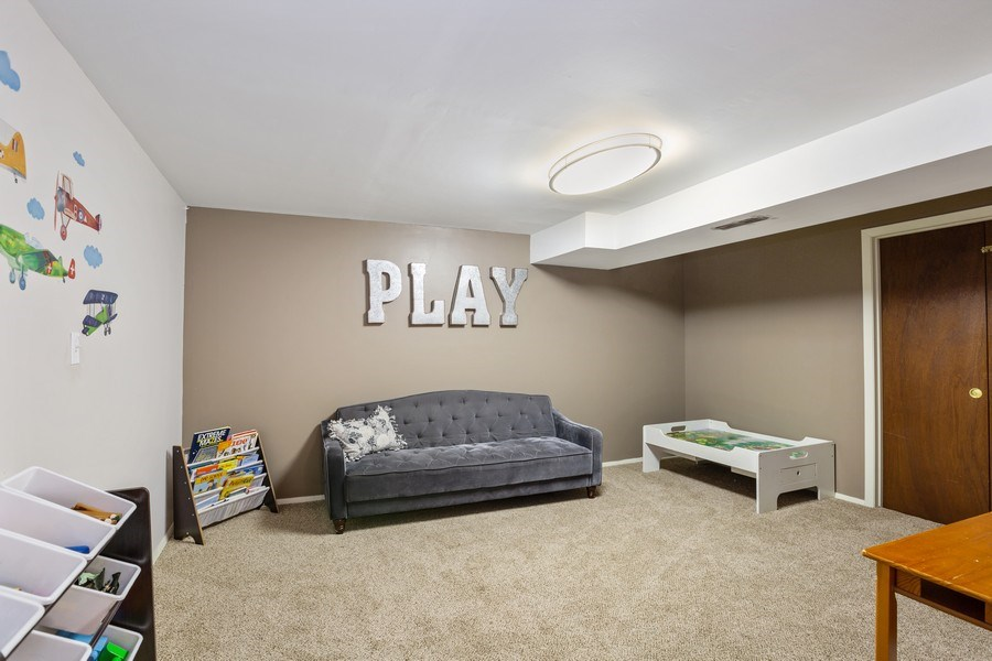 Real Estate Photography - 5112 Cambridge Dr, McHenry, IL, 60014 - Play Room