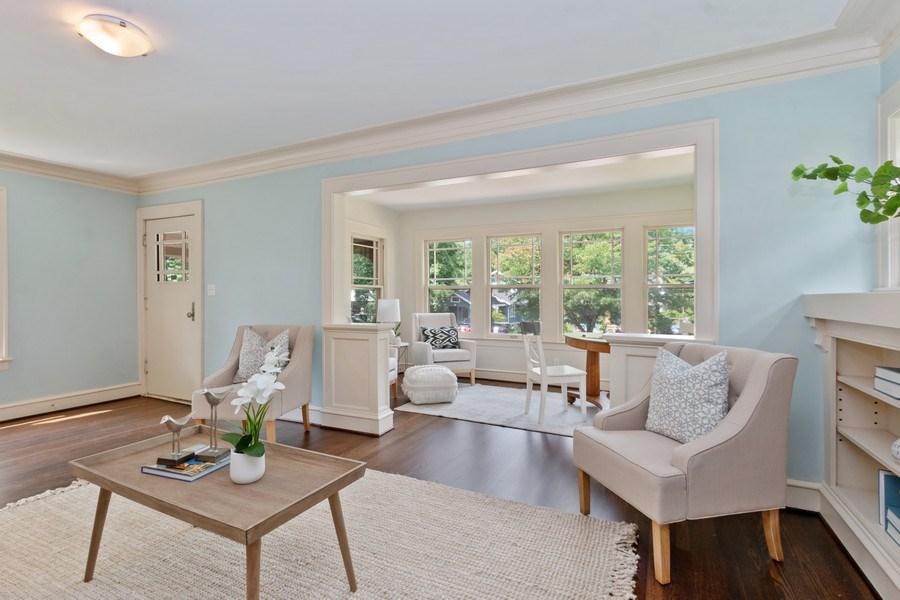 Real Estate Photography - 5609 Charlotte Street, Kansas City, MO, 64110 - Living Room