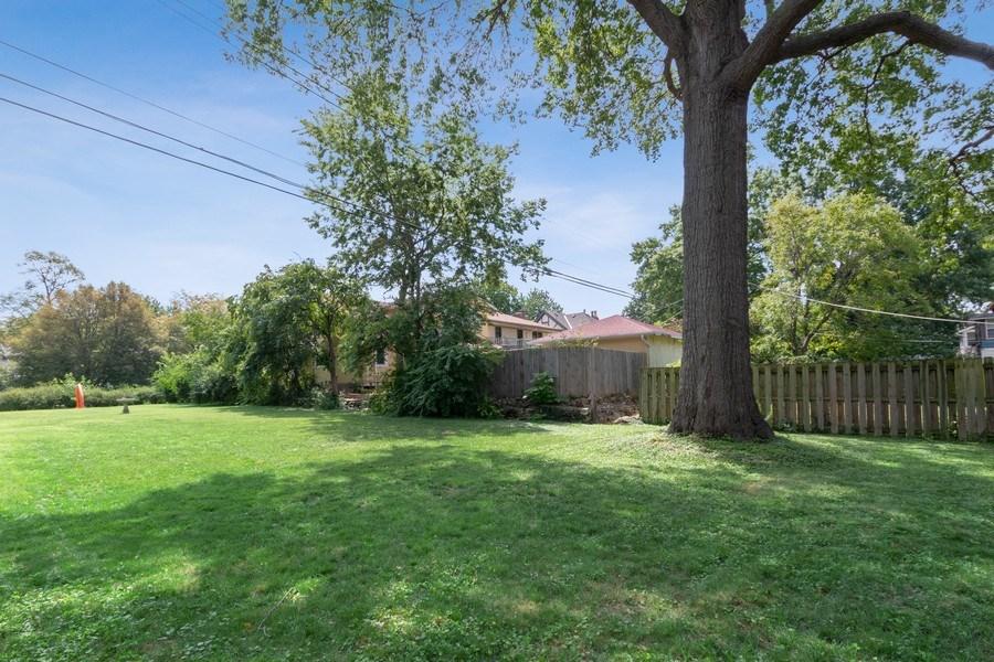 Real Estate Photography - 5609 Charlotte Street, Kansas City, MO, 64110 - Back Yard