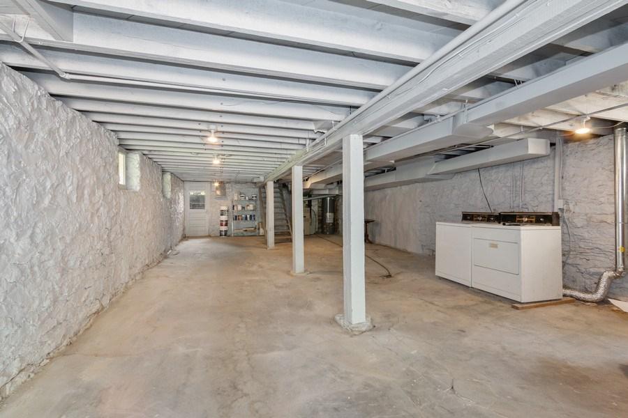 Real Estate Photography - 5609 Charlotte Street, Kansas City, MO, 64110 - Garage