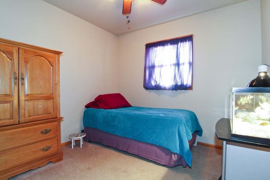 Real Estate Photography - 5829 S Lee Avenue, Downers Grove, IL, 60516 - 2nd Bedroom