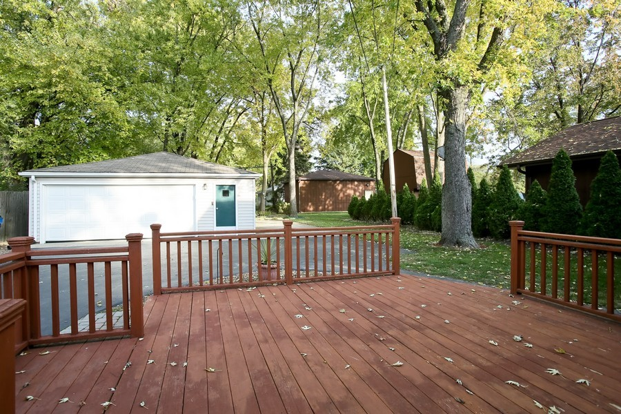 Real Estate Photography - 5829 S Lee Avenue, Downers Grove, IL, 60516 - Patio