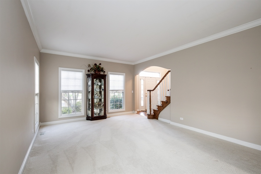 Real Estate Photography - 1285 Shoreside Ct, Palatine, IL, 60067 - Living Room