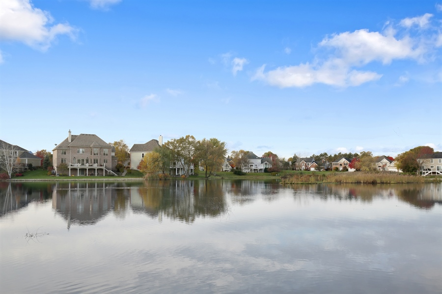 Real Estate Photography - 1285 Shoreside Ct, Palatine, IL, 60067 - View
