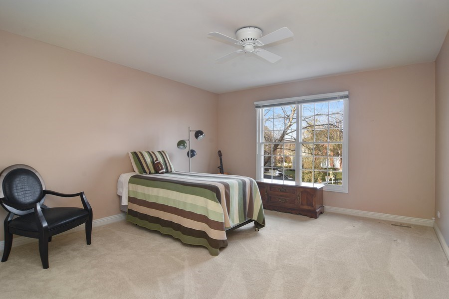 Real Estate Photography - 1285 Shoreside Ct, Palatine, IL, 60067 - 2nd Bedroom
