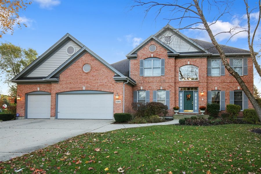 Real Estate Photography - 1285 Shoreside Ct, Palatine, IL, 60067 - Front View