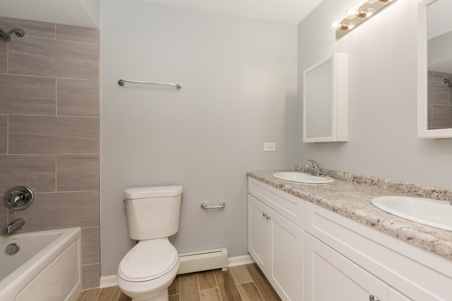Real Estate Photography - 330 E Russell Street, Barrington, IL, 60010 - Bathroom