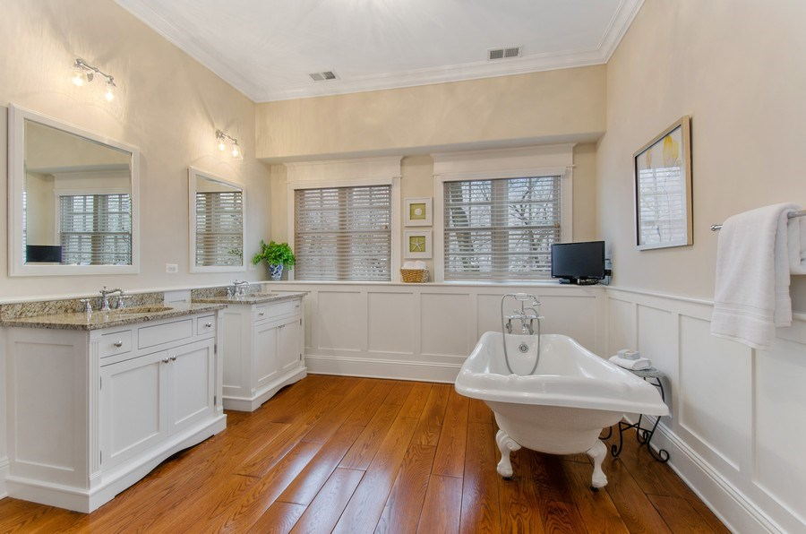 Real Estate Photography - 1450 Aurora Way, Wheaton, IL, 60189 - LUXURIOUS SPA BATH RETREAT