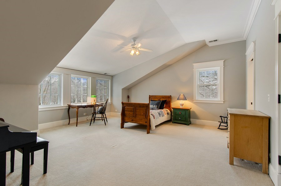 Real Estate Photography - 1450 Aurora Way, Wheaton, IL, 60189 - ABUNDANT LIGHT IN THIS SPACIOUS BEDROOM