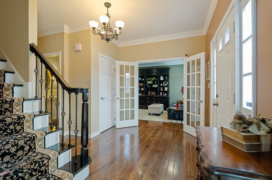 Real Estate Photography - 2S720 White Birch Lane, Wheaton, IL, 60189 - BRIGHT AND UPDATED OVERSIZED FOYER