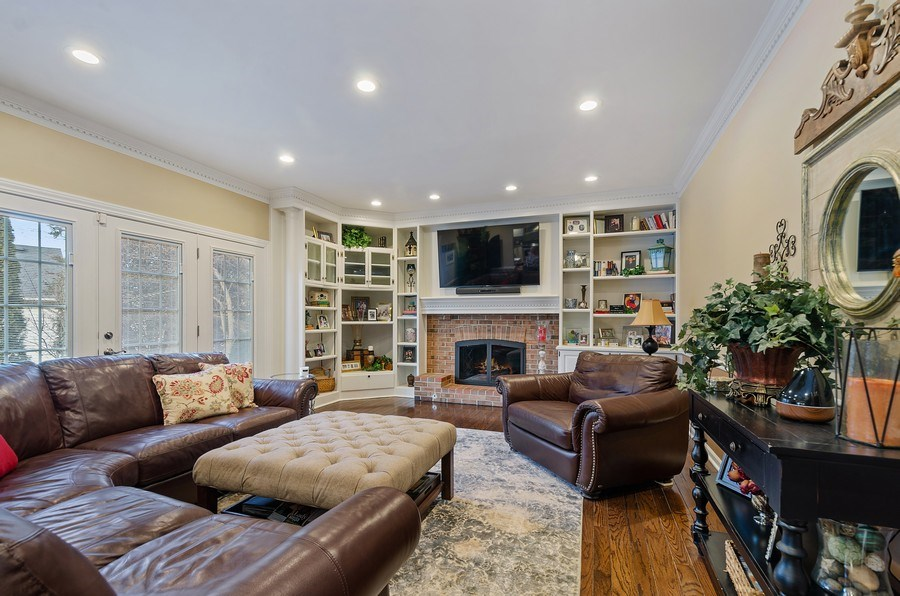 Real Estate Photography - 2S720 White Birch Lane, Wheaton, IL, 60189 - SPACIOUS FAMILY ROOM W/FIREPLACE AND BUILT IN BOOK