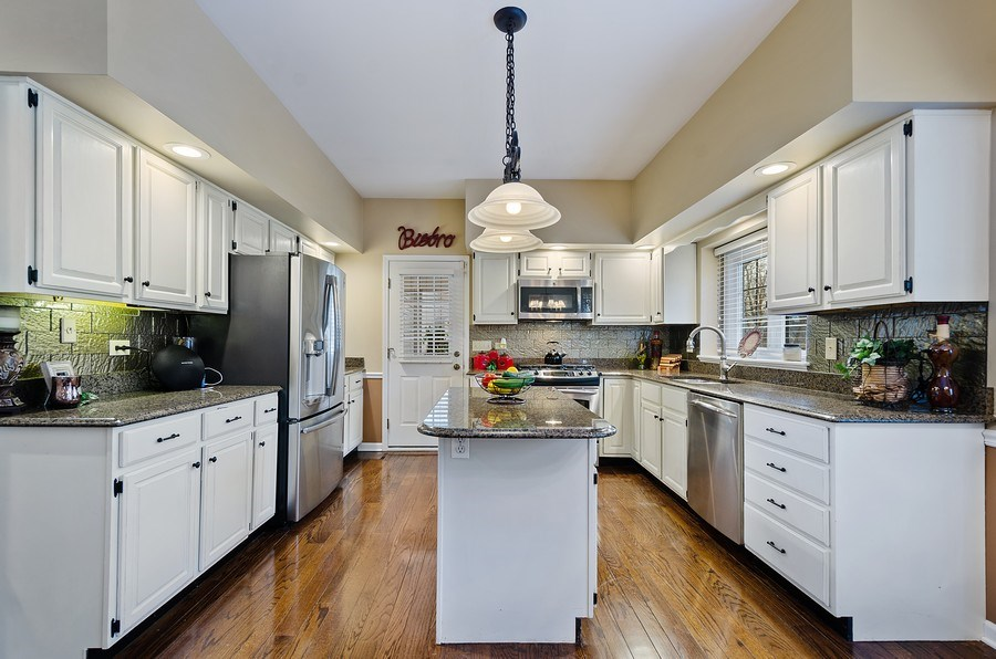 Real Estate Photography - 2S720 White Birch Lane, Wheaton, IL, 60189 - IMMACULATE UPDATED KITCHEN