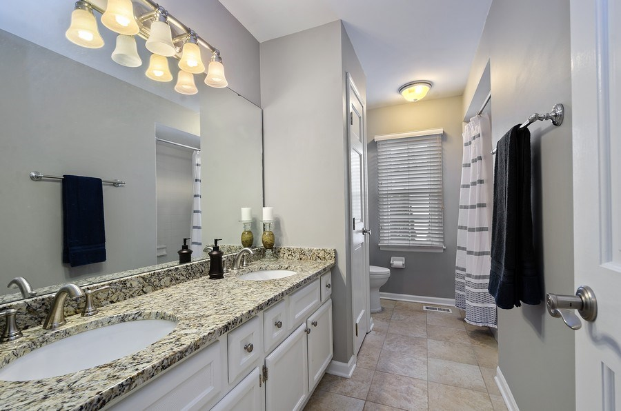 Real Estate Photography - 2S720 White Birch Lane, Wheaton, IL, 60189 - GREAT UPDATED HALL BATH
