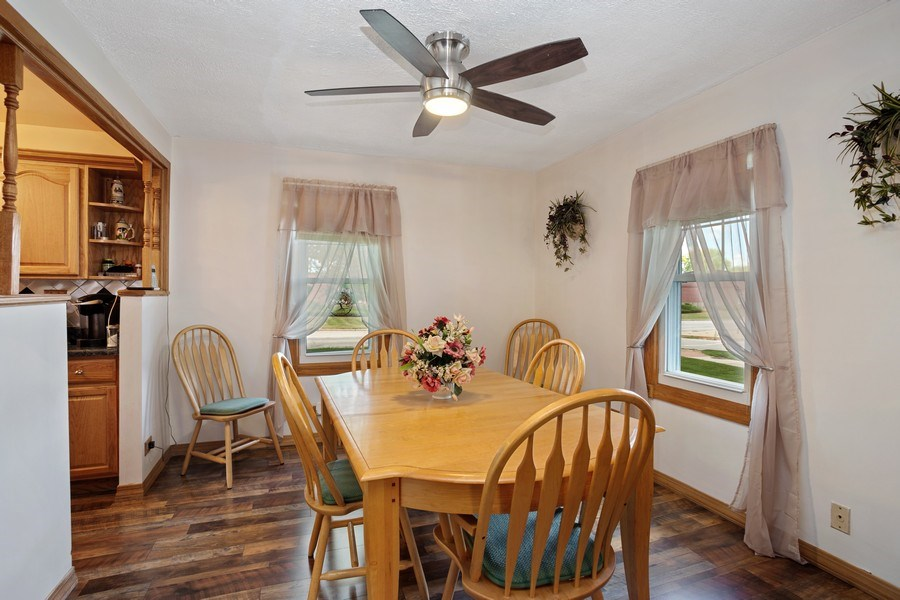 Real Estate Photography - 524 N Edgewood Ave, Wood Dale, IL, 60191 - Dining Room