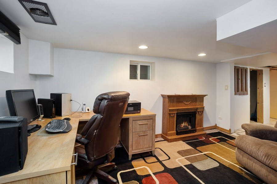 Real Estate Photography - 524 N Edgewood Ave, Wood Dale, IL, 60191 - Basement