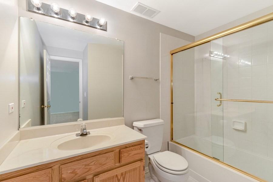 Real Estate Photography - 1501 N saint Marks, Palatine, IL, 60067 - 3rd Bathroom