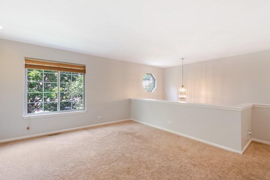Real Estate Photography - 1501 N saint Marks, Palatine, IL, 60067 - Loft