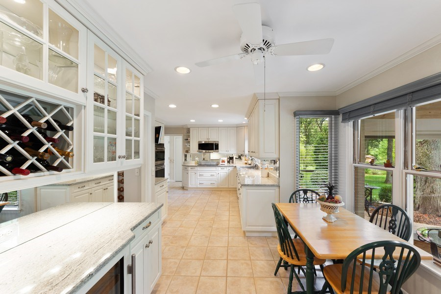 Real Estate Photography - 3451 W Mardan Dr, Long Grove, IL, 60047 - Kitchen / Breakfast Room