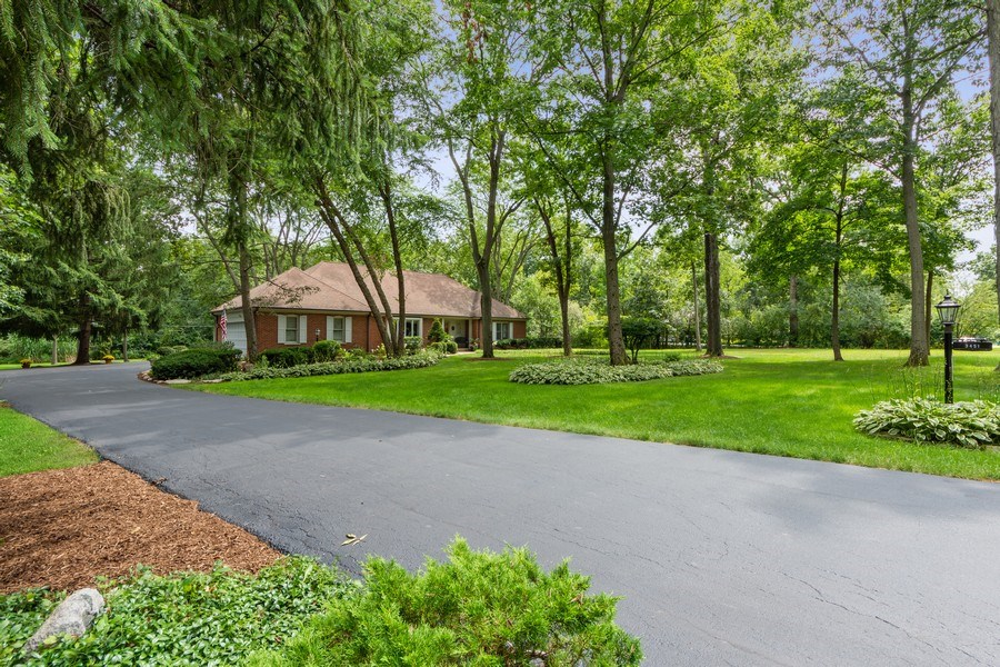 Real Estate Photography - 3451 W Mardan Dr, Long Grove, IL, 60047 - Driveway