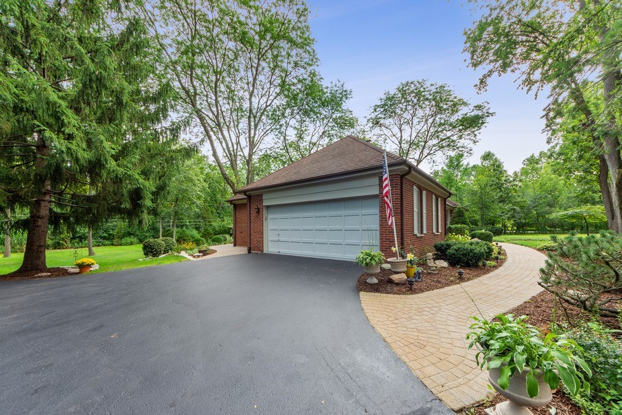Real Estate Photography - 3451 W Mardan Dr, Long Grove, IL, 60047 - Garage