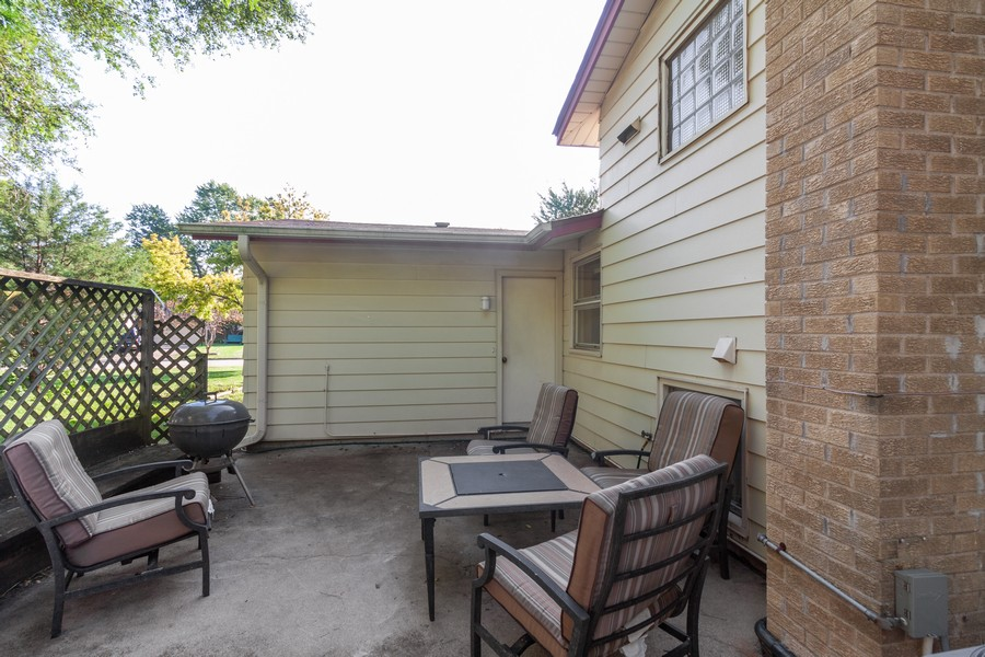 Real Estate Photography - 928 Greenfield Ct., Mt. Prospect, IL, 60056 - Patio