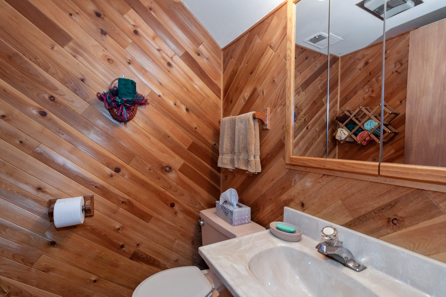 Real Estate Photography - 928 Greenfield Ct., Mt. Prospect, IL, 60056 - 2nd Bathroom