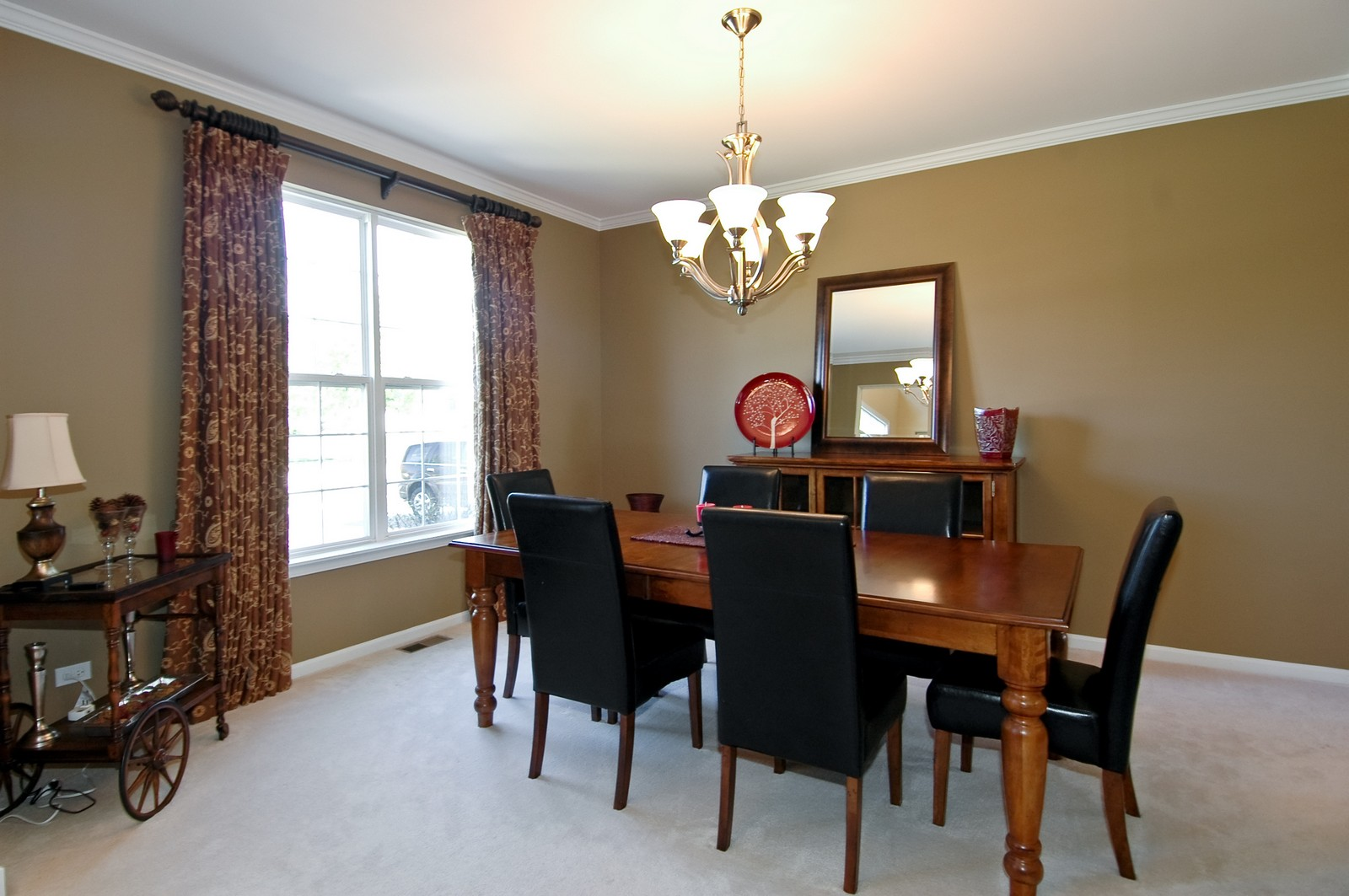 Real Estate Photography - 1484 Rolling Hills Drive, Crystal Lake, IL, 60014 - Dining Room