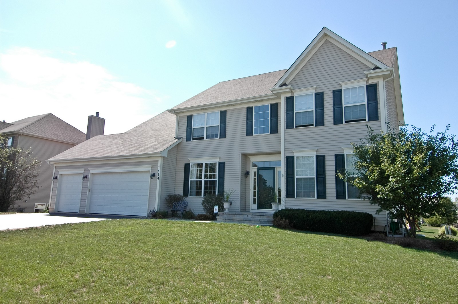Real Estate Photography - 1484 Rolling Hills Drive, Crystal Lake, IL, 60014 - Front View