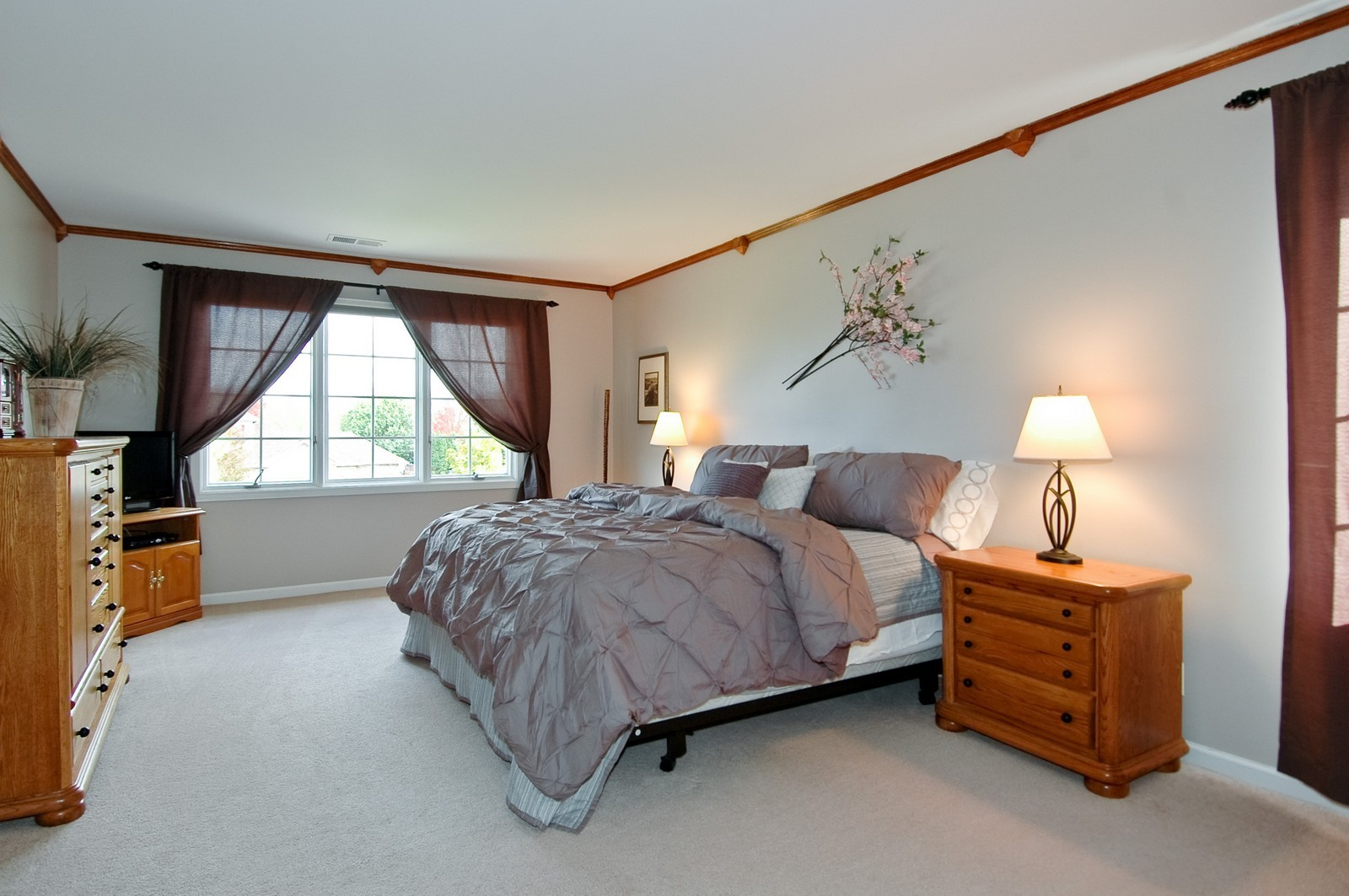Real Estate Photography - 1274 Hunters Ridge East, Hoffman Estates, IL, 60192 - Master Bedroom
