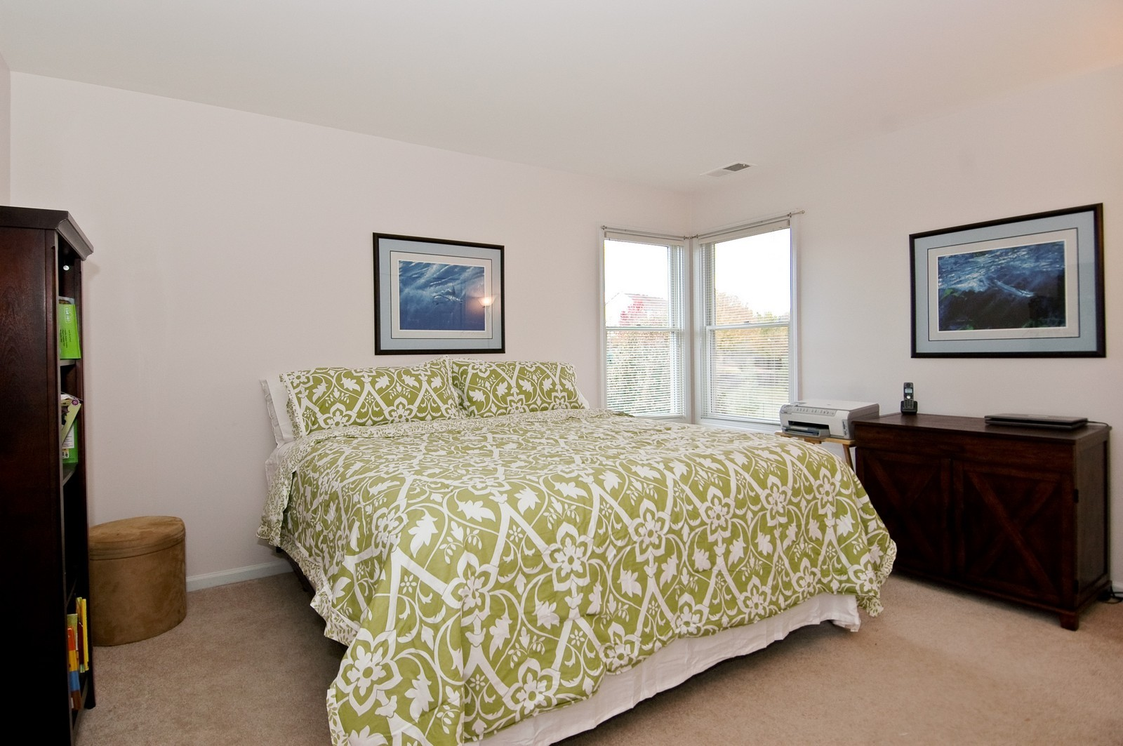 Real Estate Photography - 1274 Hunters Ridge East, Hoffman Estates, IL, 60192 - Bedroom