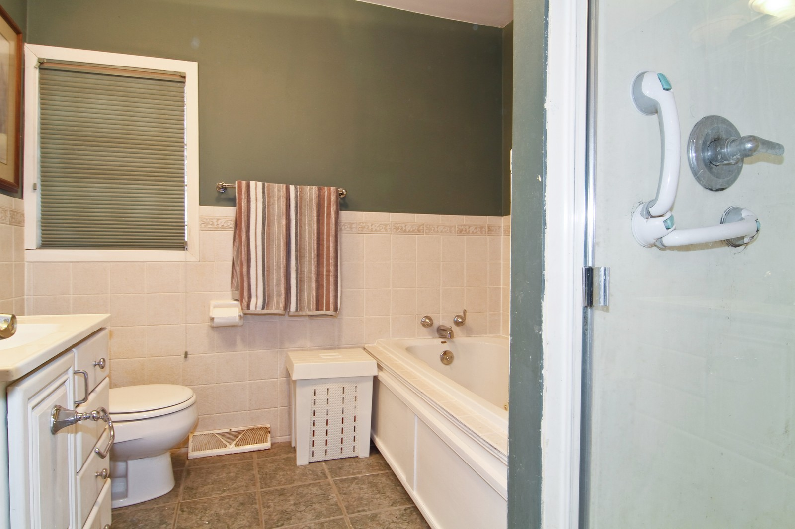 Real Estate Photography - 744 N. Indiana St., Elmhurst, IL, 60126 - Bathroom