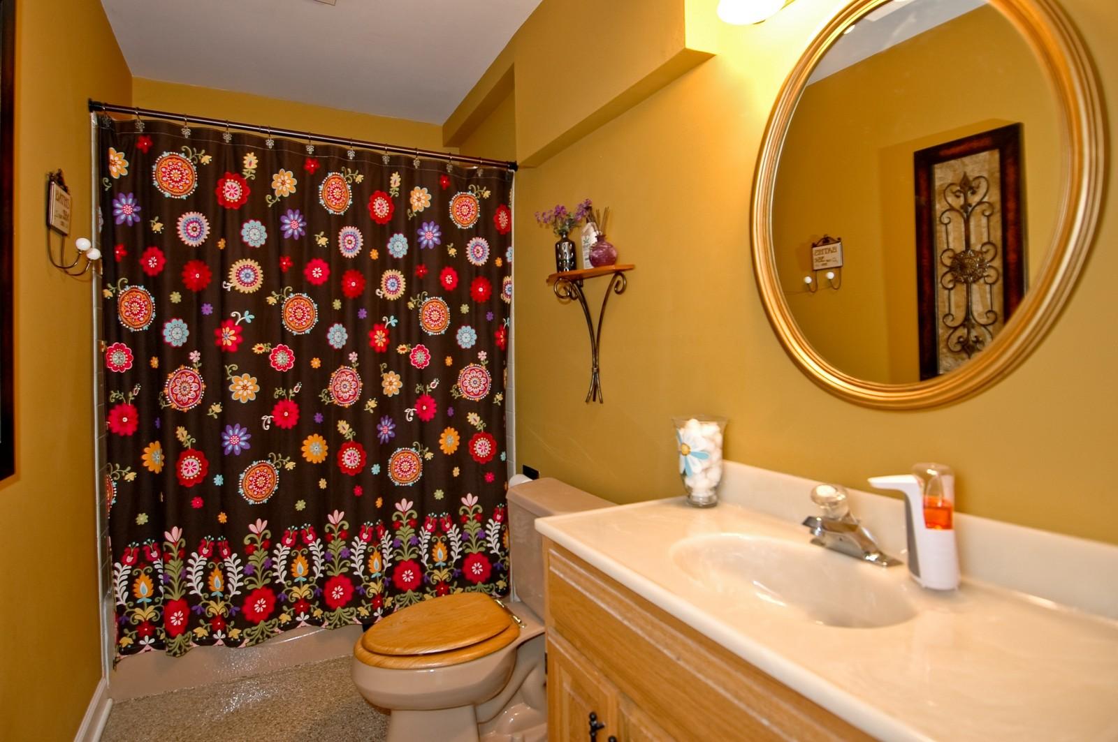 Real Estate Photography - 3813 Shenandoah Drive, Crystal Lake, IL, 60012 - Bathroom