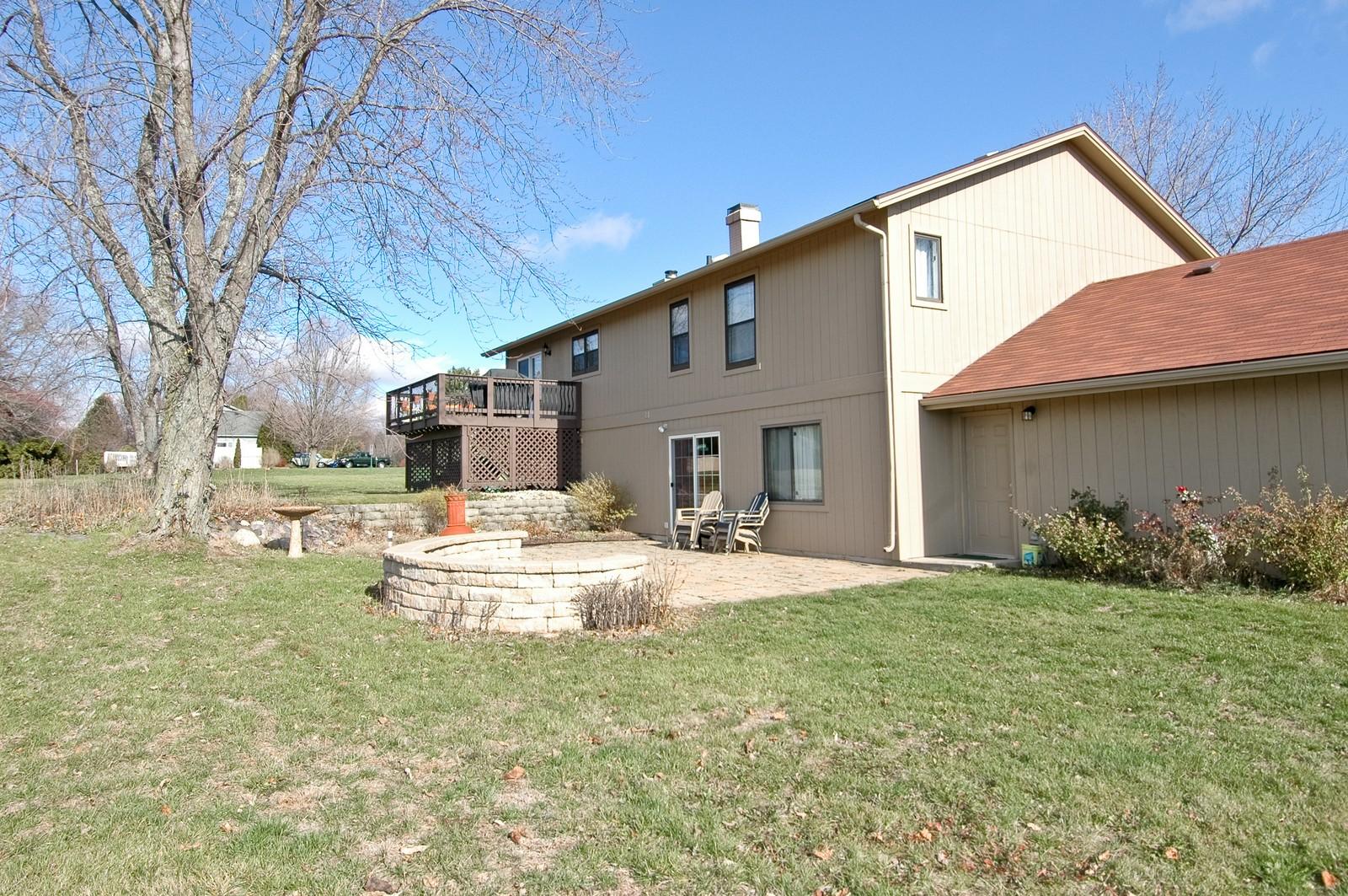 Real Estate Photography - 3813 Shenandoah Drive, Crystal Lake, IL, 60012 - Rear View